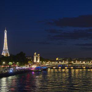Premium package discover Paris