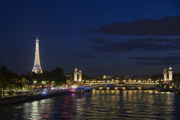Premium package discover Paris